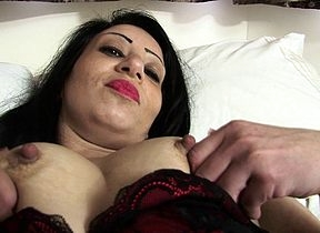 Hot British MILF obtaining vacant added to mischievous distressing