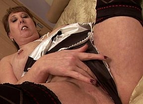 Marketable British housewife satisfying ourselves