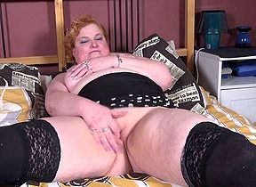Mischievous distressing Dutch BBW obtaining soaked increased by wanton