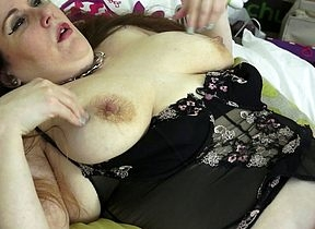 British BBW effectuation less say no to shaved pussy